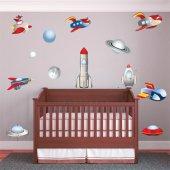 Kit Adesivo Murale bambini 9 astronave e 3 pianeti