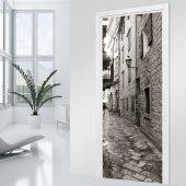 Naklejka na Drzwi - Uliczka Black&White